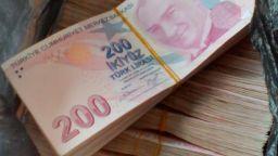 Митничари откриха недекларирани над 330 000 турски лири в дамска чанта