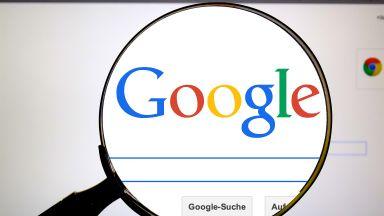 Google ограничава политическите реклами