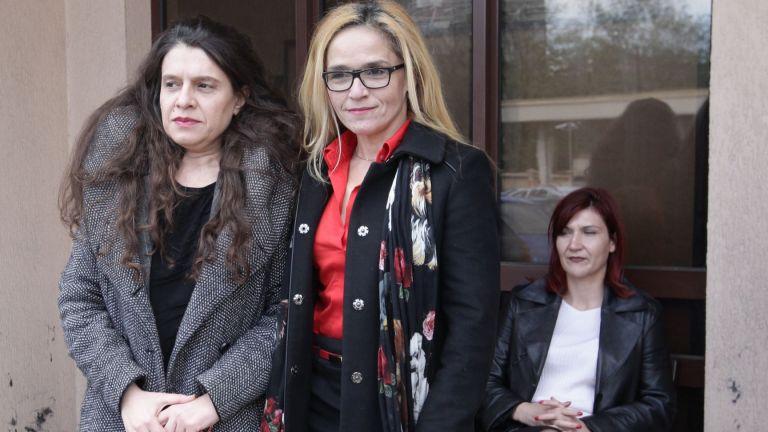 Писмо на Иванчева и Петрова от ареста: Змията хапе най-силно, когато знае, че умира