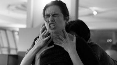 """""""Косвени щети"""" по книгата """"Войната не е с лице на жена"""" с премиера в Театър Азарян"""