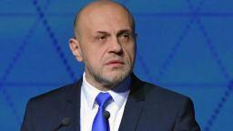 """Вицепремиерът с емоционално есе """"Оставка!"""": Това променя човека и политика Томислав Дончев"""