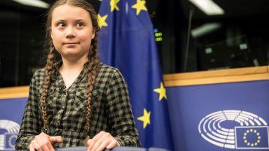 Грета Тунберг се изправи пред европейските депутати: Време е за паника