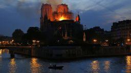 """Великден във Франция, но без """"Нотр Дам""""..."""