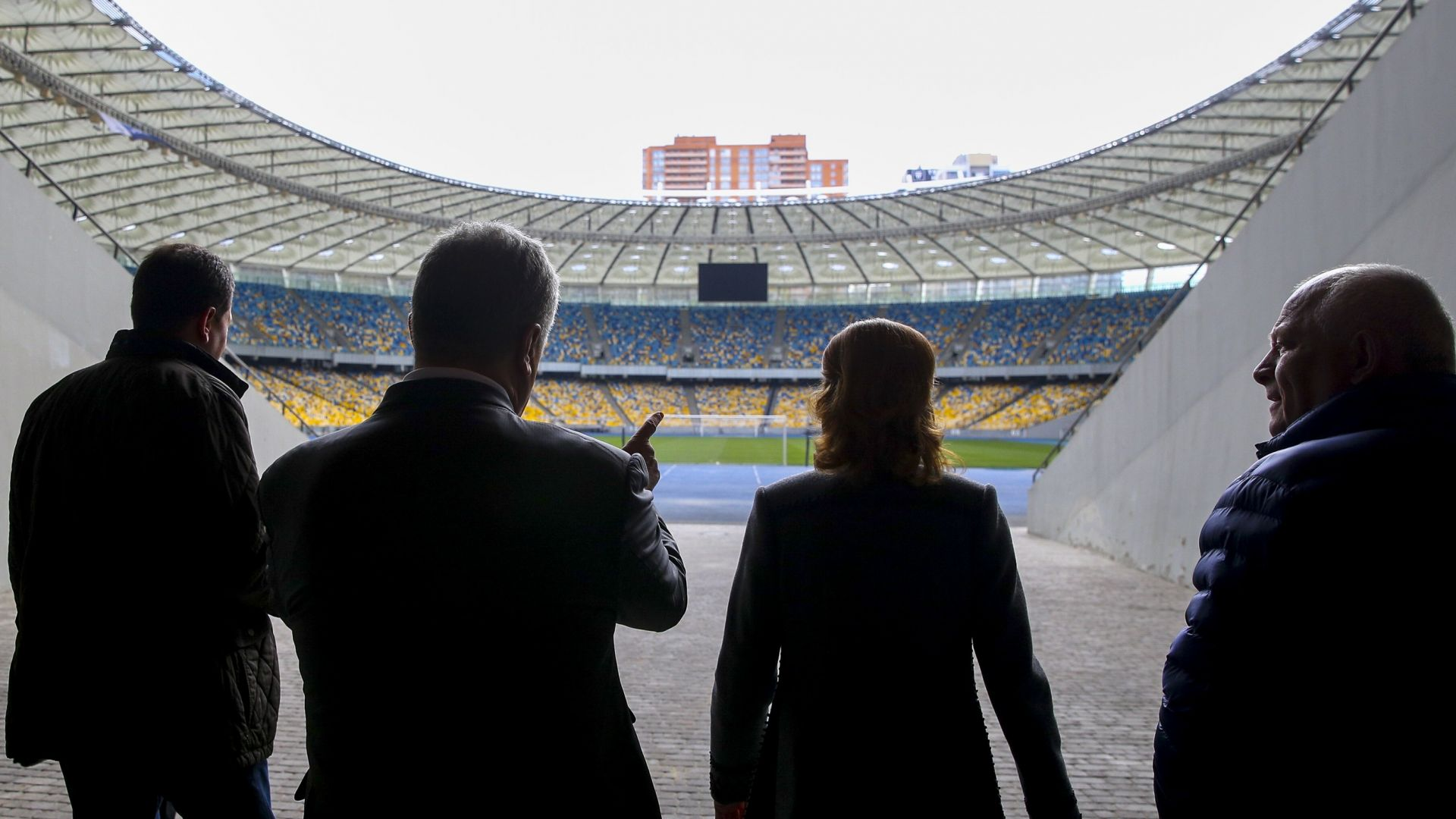 Обявиха датата на ключовия дебат между Зеленски и Порошенко