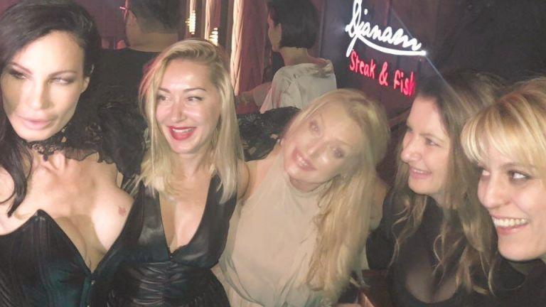 Цеци Красимирова с моминско парти в столичен клуб