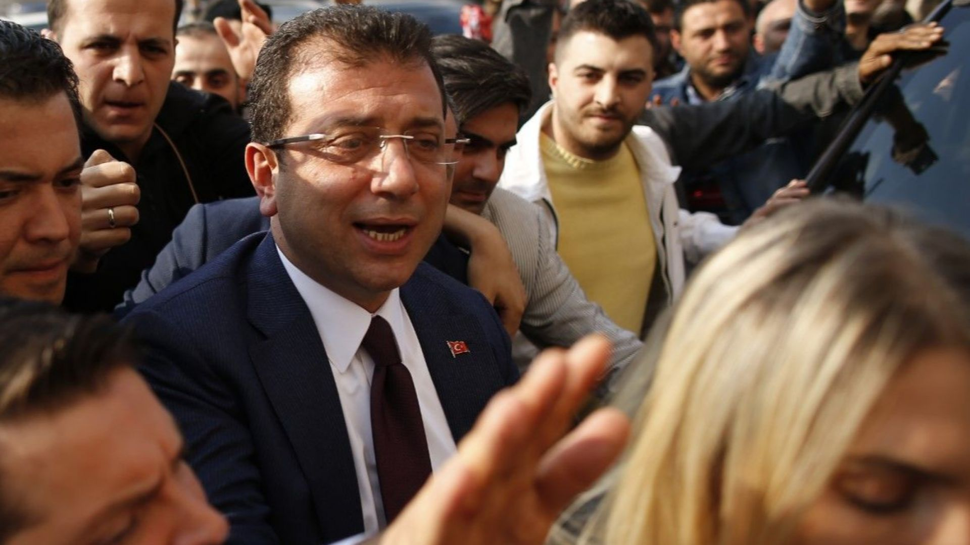 Опозиционният кандидат официално бе обявен за кмет на Истанбул
