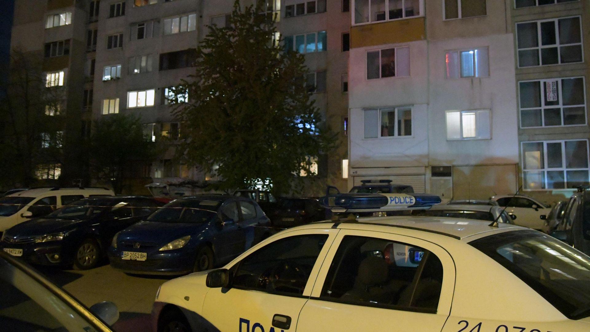 Снимка: Издирват 20-годишния син на убитата в София жена
