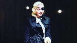 Мадона се завърна с нов сингъл