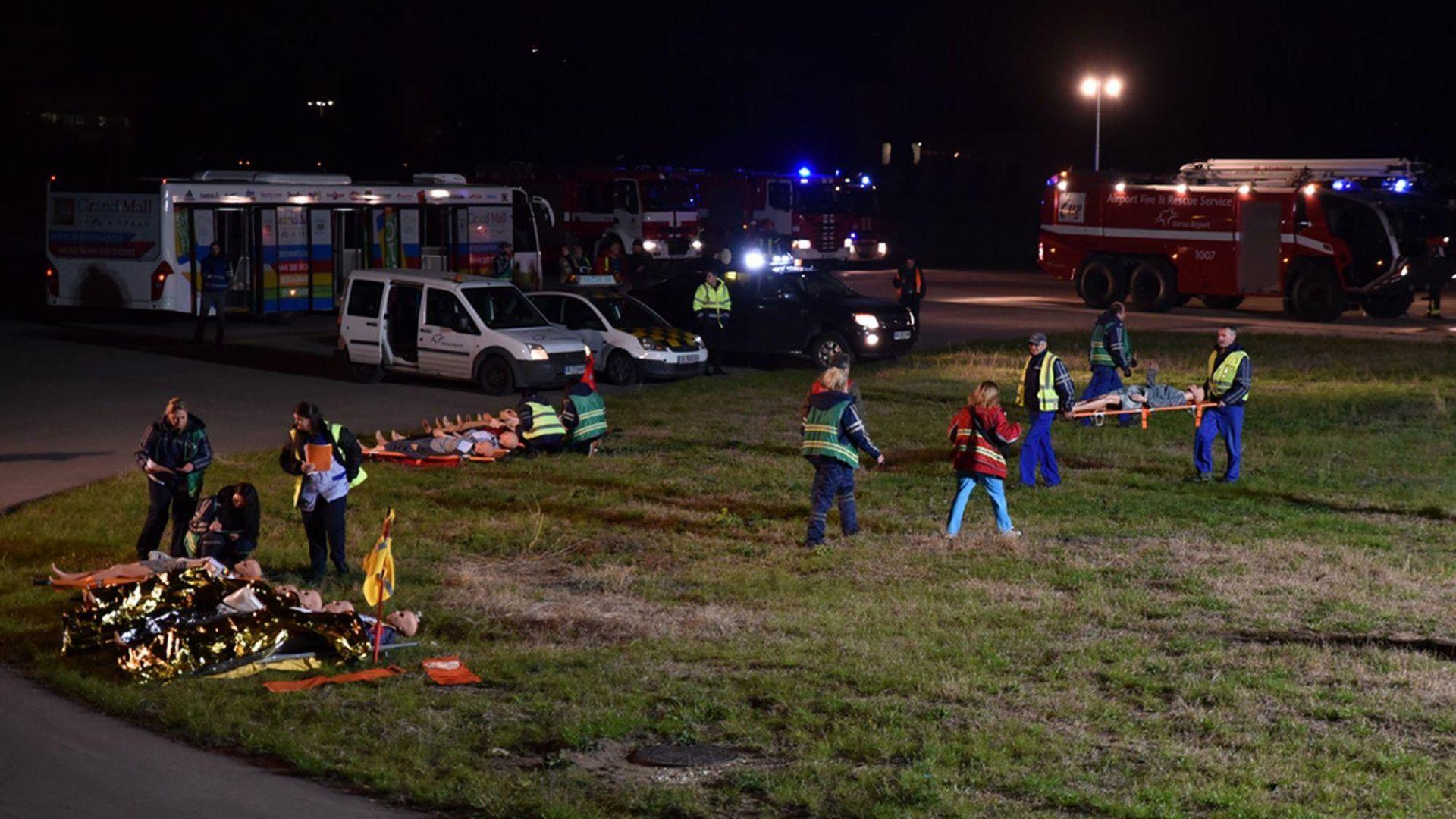Голямо учебно учение за аварийно-спасителното осигуряване се проведе тази нощ