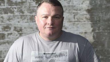 """Актьор от """"Трейнспотинг 2"""" бе застрелян на улицата в Единбург"""