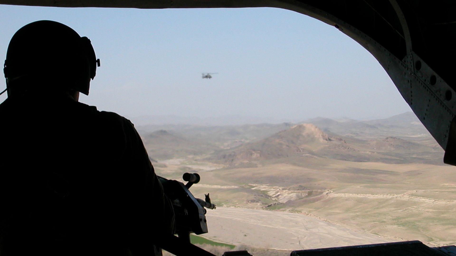 Ракетен обстрел срещу база НАТО, където са разположени български военни