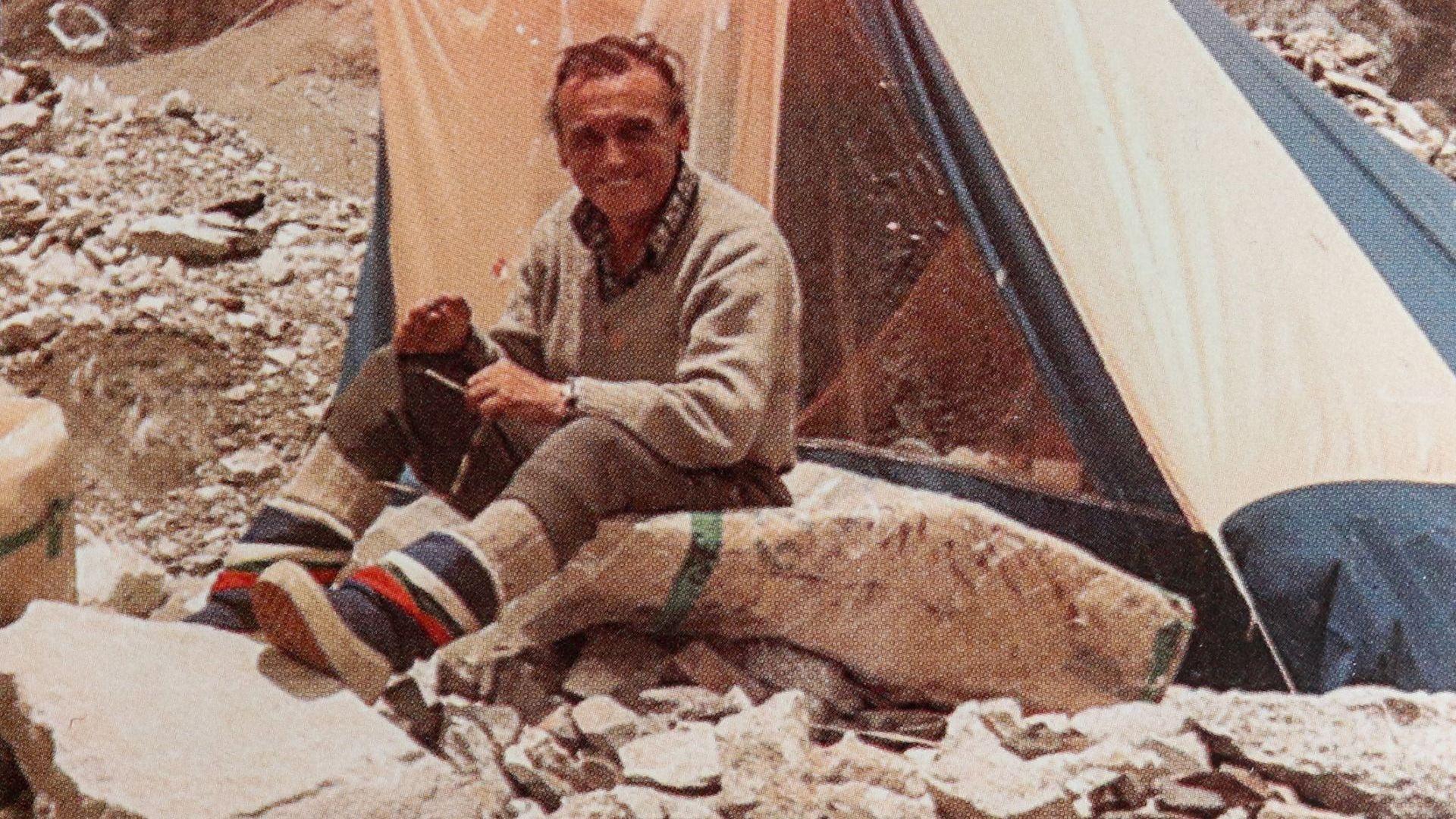 Аврам Аврамов в Базовия лагер