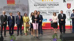 Ангелкова: Приходите от чуждестранни туристи са с 4,3% ръст за началото на годината