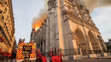 """От """"Нотр Дам"""" до музея в Рио: Реликвите, на които посегна огненият език на унищожението"""