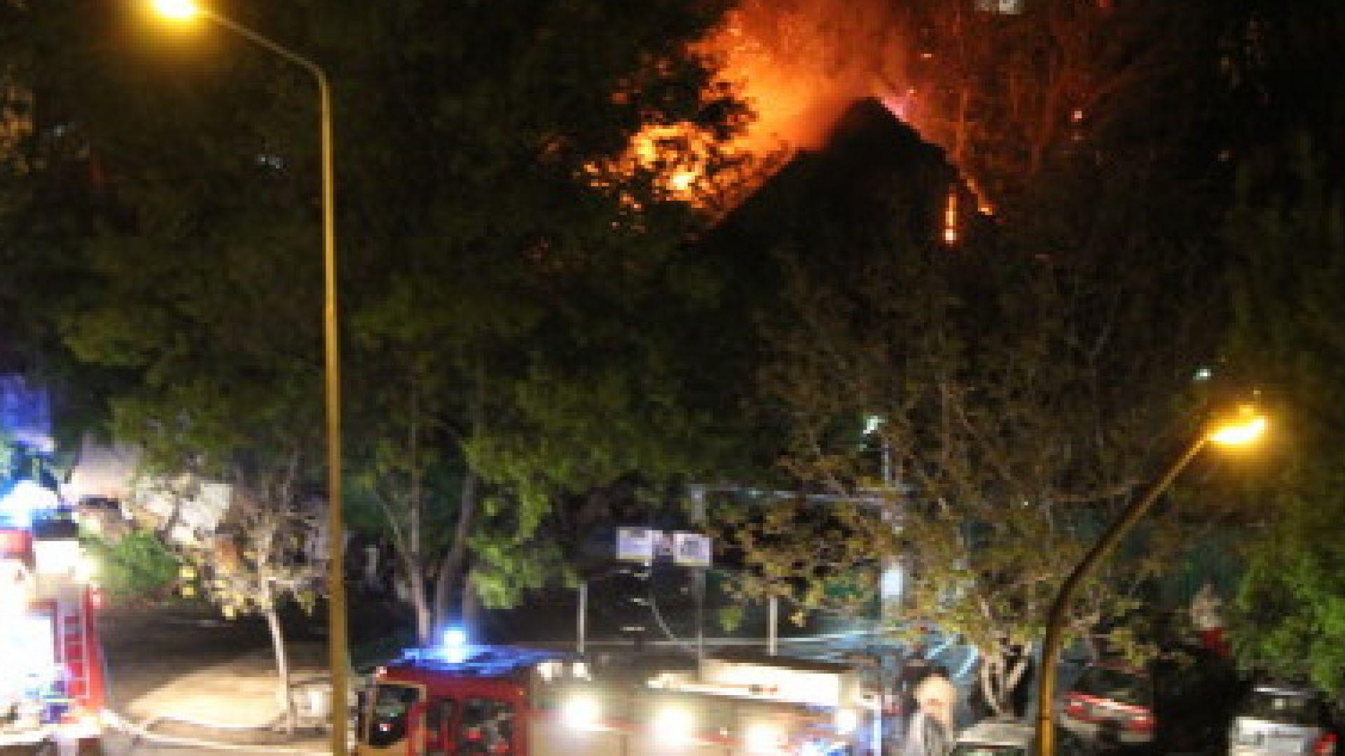 Мъж загина при голям пожар тази нощ в Русе. Една