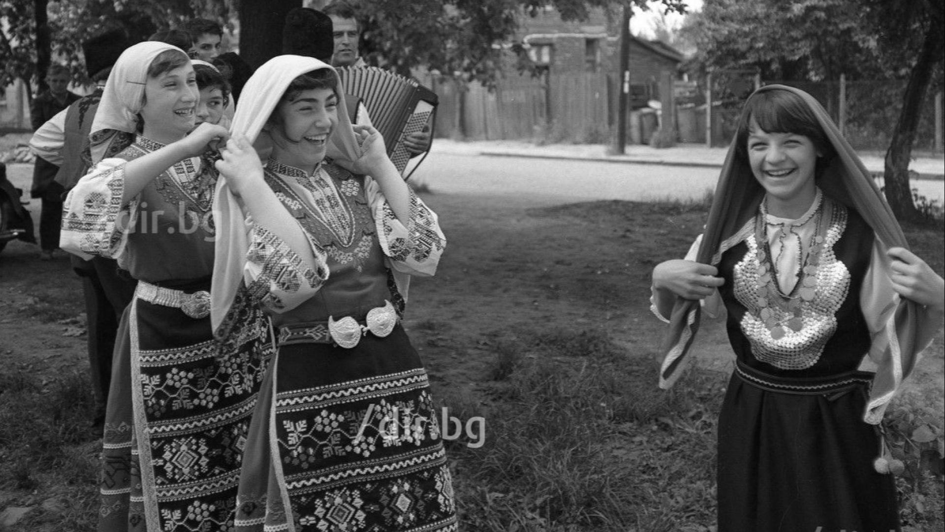 Днес е Лазаровден! Един от най-красивите български пролетни празници, в