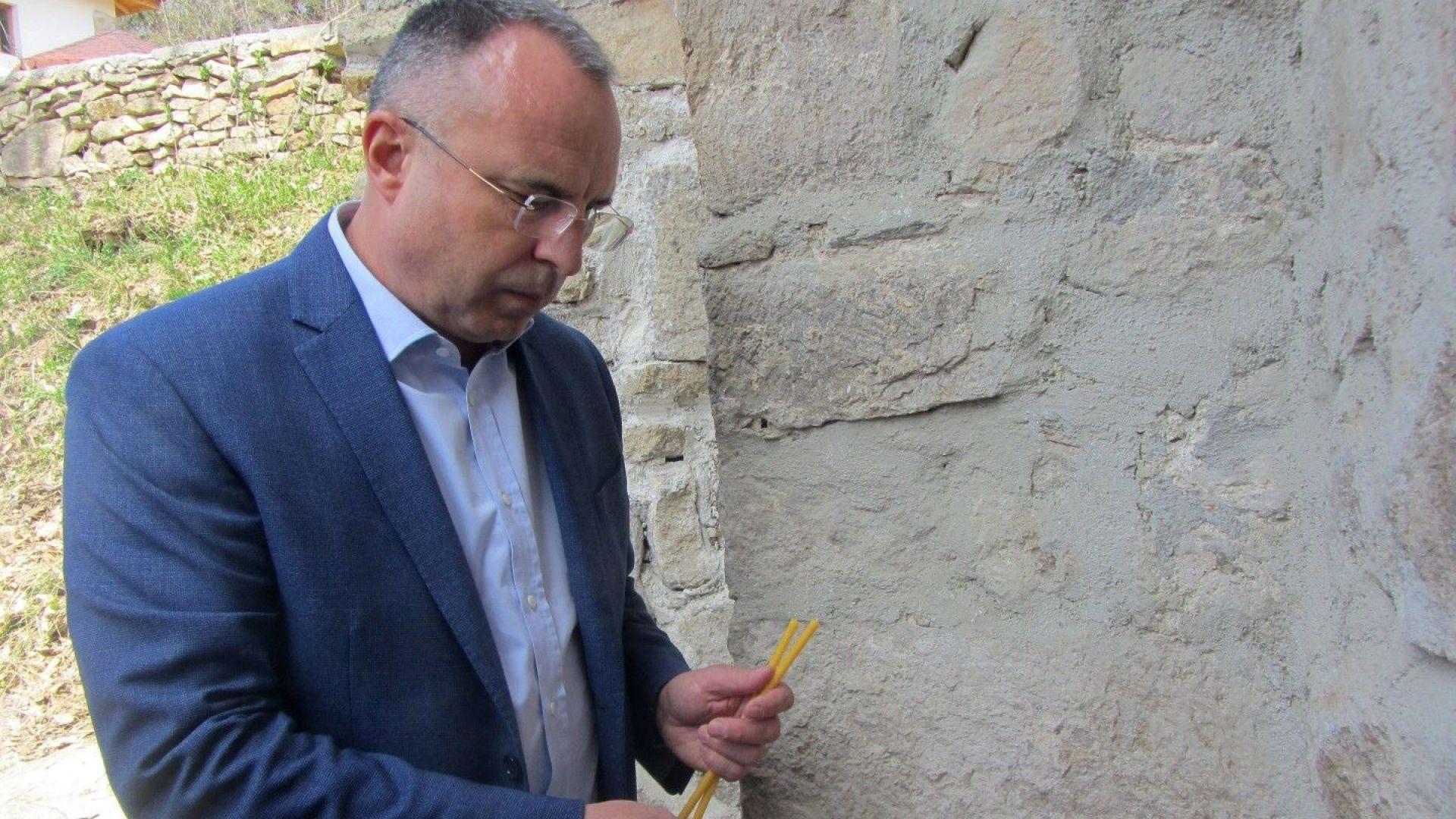 Порожанов готов да подаде оставка, ако премиерът прецени