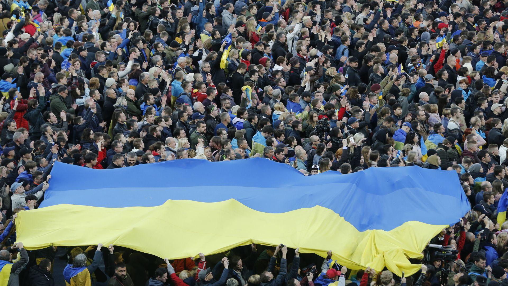Парламентът на Украйна прие днес предизвикал полемика закон, който има