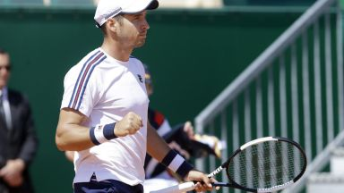Лайович шокира Медведев и е на финал без загубен сет