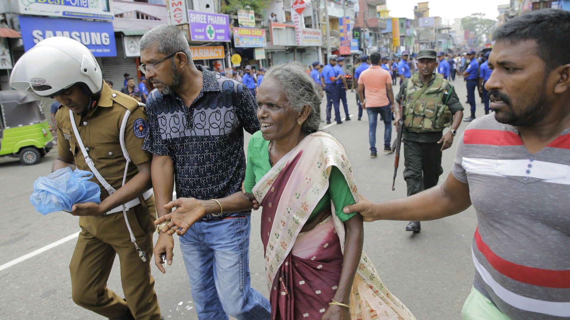 Снимка: В Шри Ланка имало предупреждение за атентати на Великден, 182 вече са жертвите
