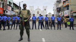 Няма данни за пострадали българи при взривовете в Шри Ланка