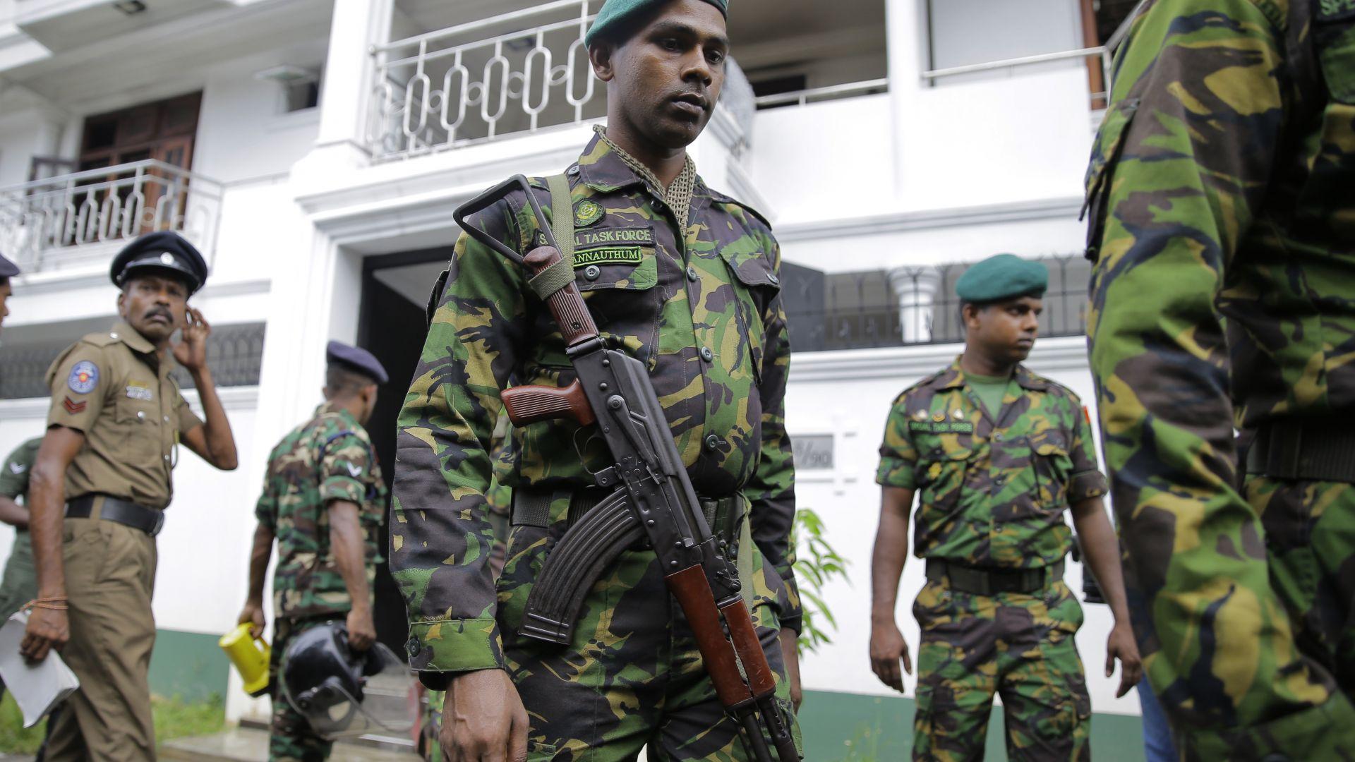 Първи арести за убийствените атентати в Шри Ланка
