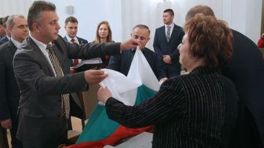 Защо Андрей Слабаков и ген. Шивиков искат да са евродепутати