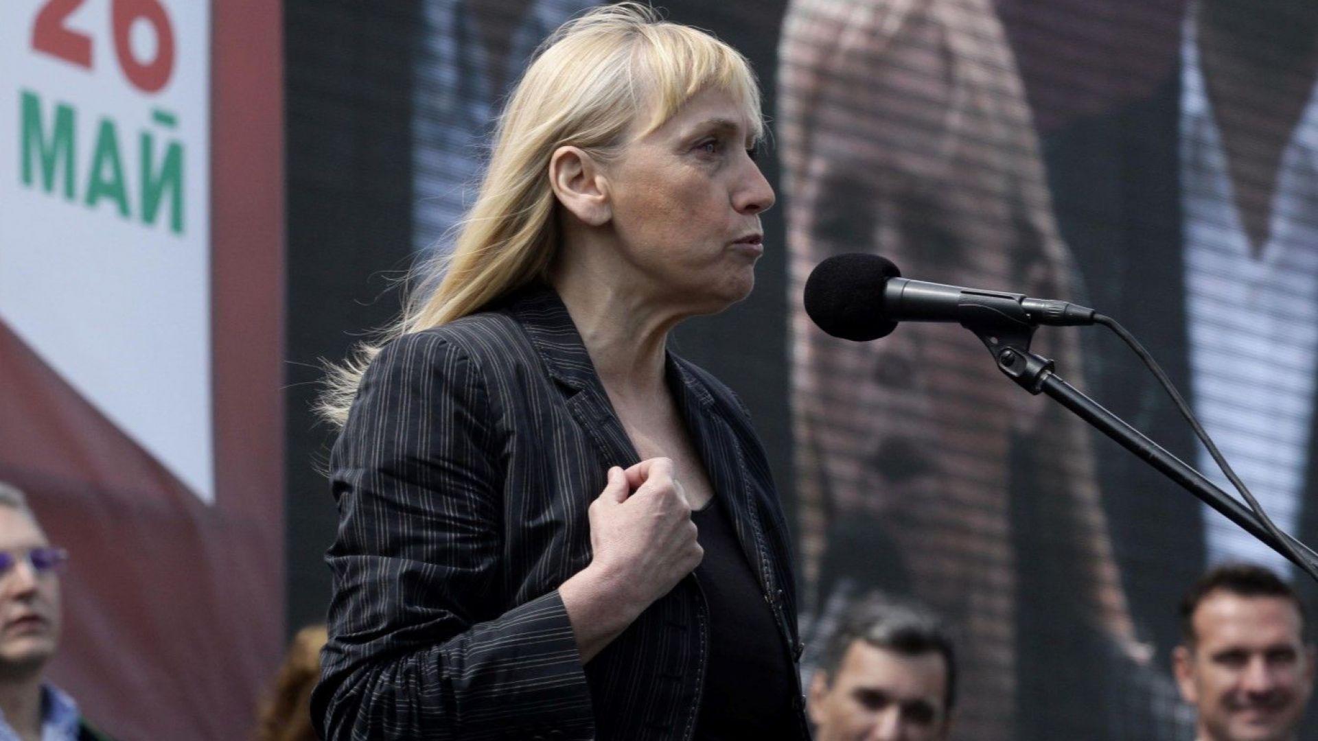 Кандидатът за евродепутат Елена Йончева коментира пред bTV процеса около