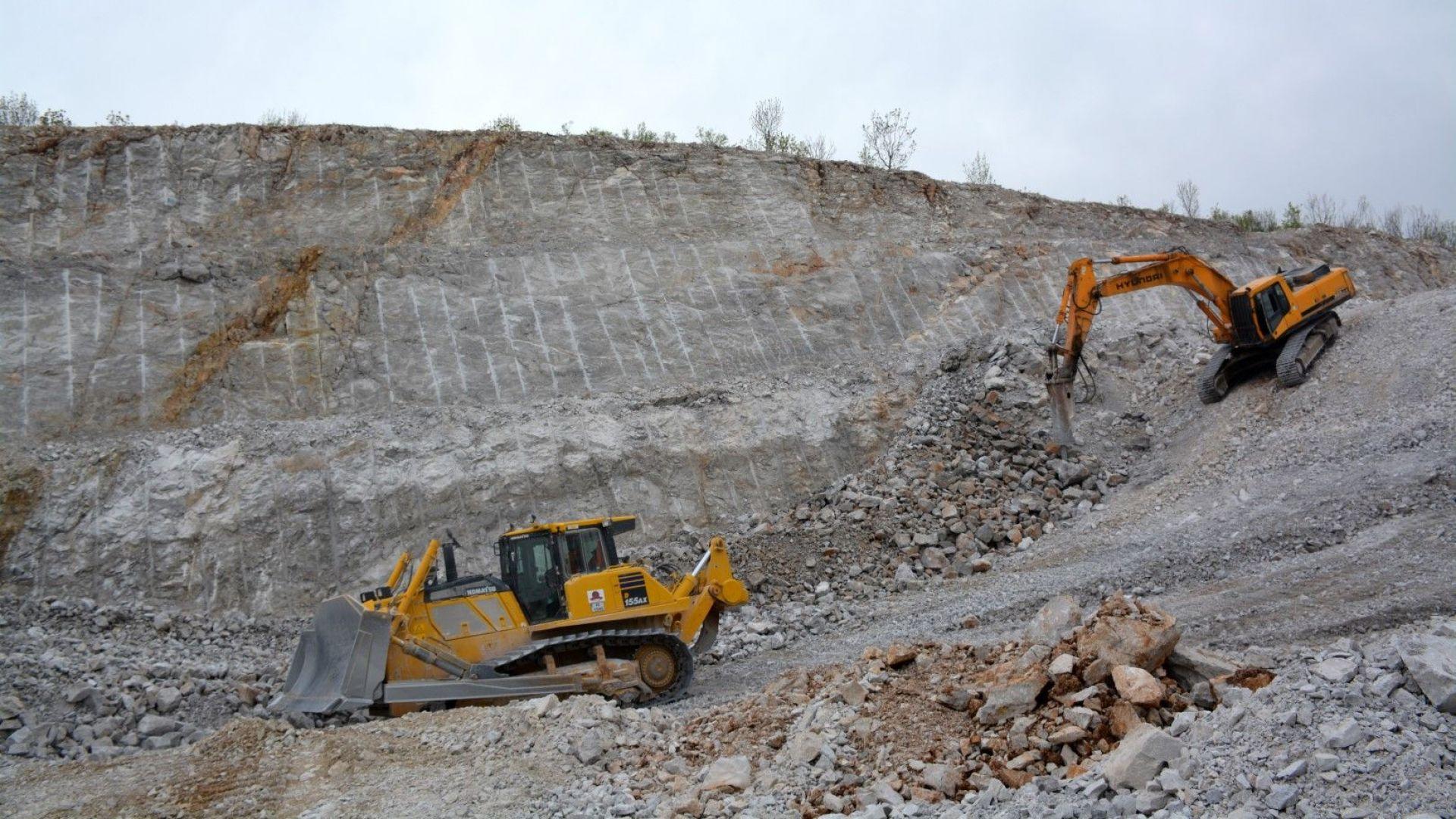 Първите изкопни работи по новото трасе на магистрала
