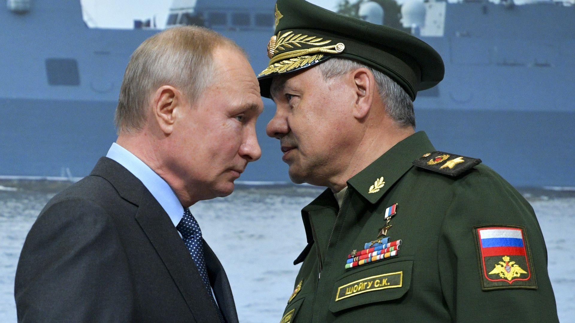 Путин проследи пускането на нова подводница, която носи ядрени дронове