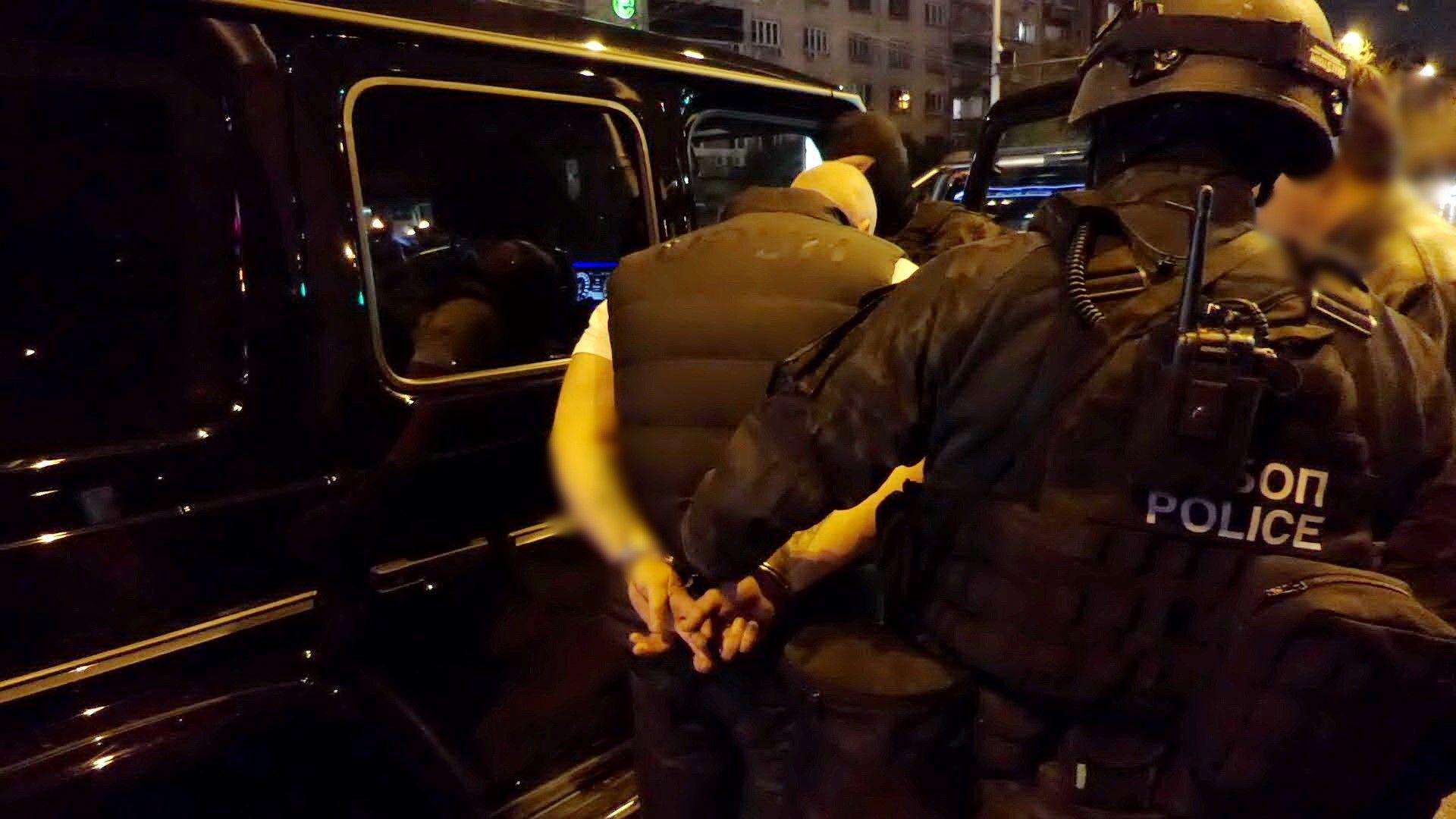 Неутрализирана е организирана престъпна група, извършваща дейност, свързана с трафик