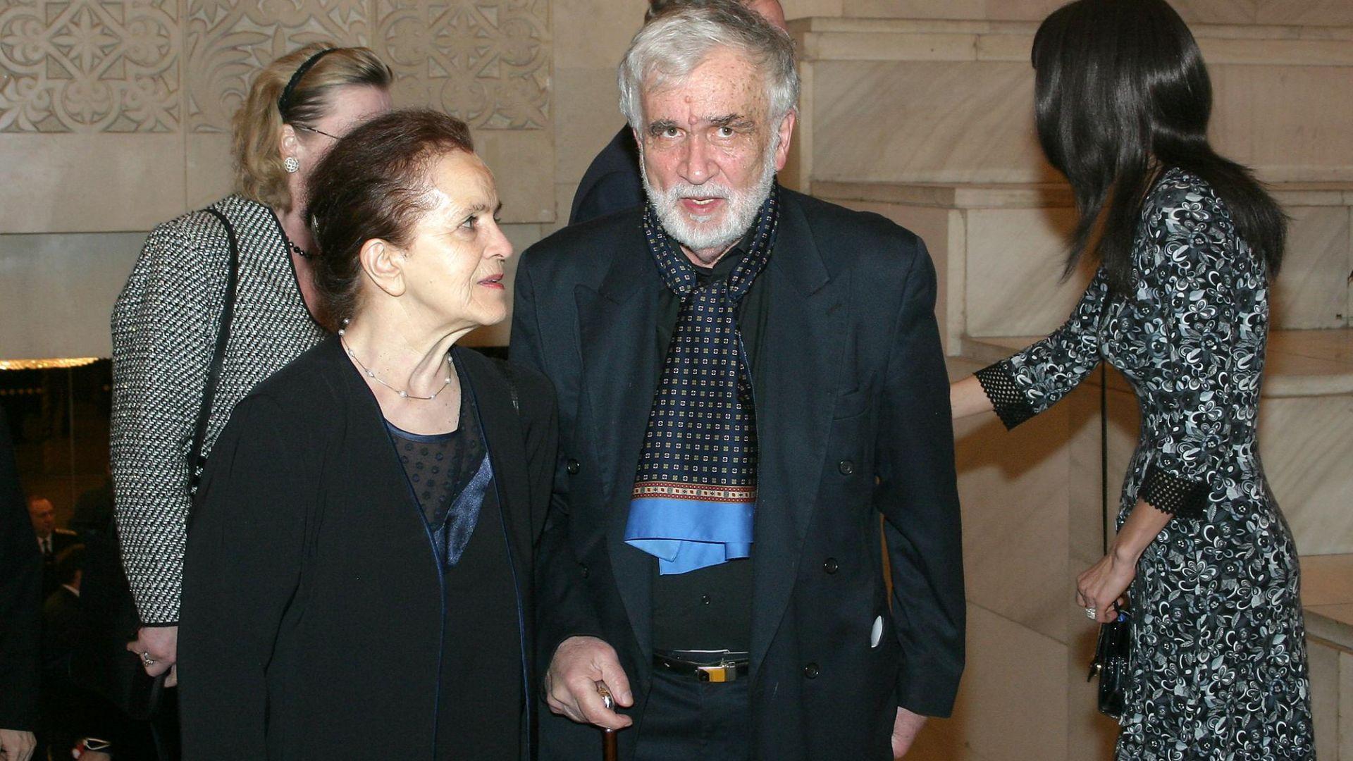 12 картини на известната българска художничка Дора Бонева, съпруга на