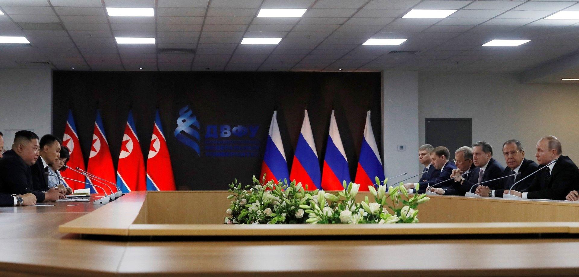 Разговори между делегациите на Русия и Северна Корея