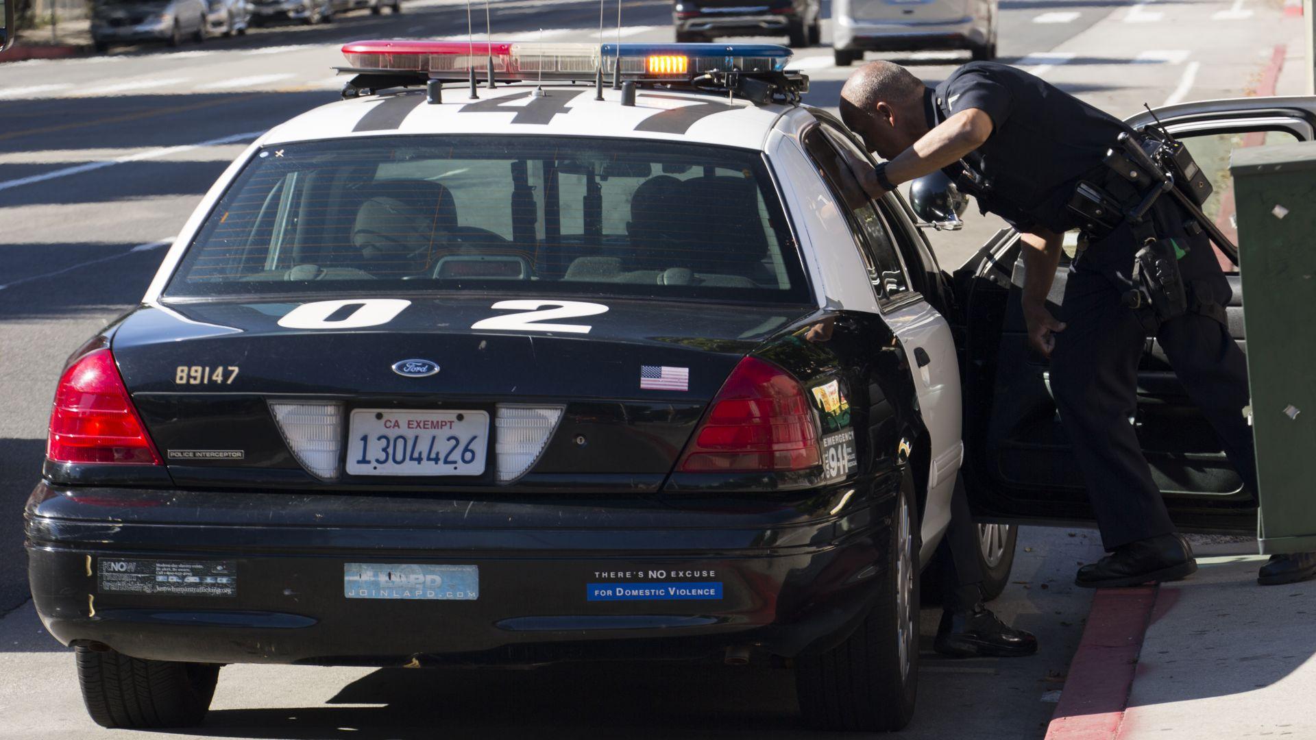 Опасно преследване на беглец в Калифорния - часове наред полицията