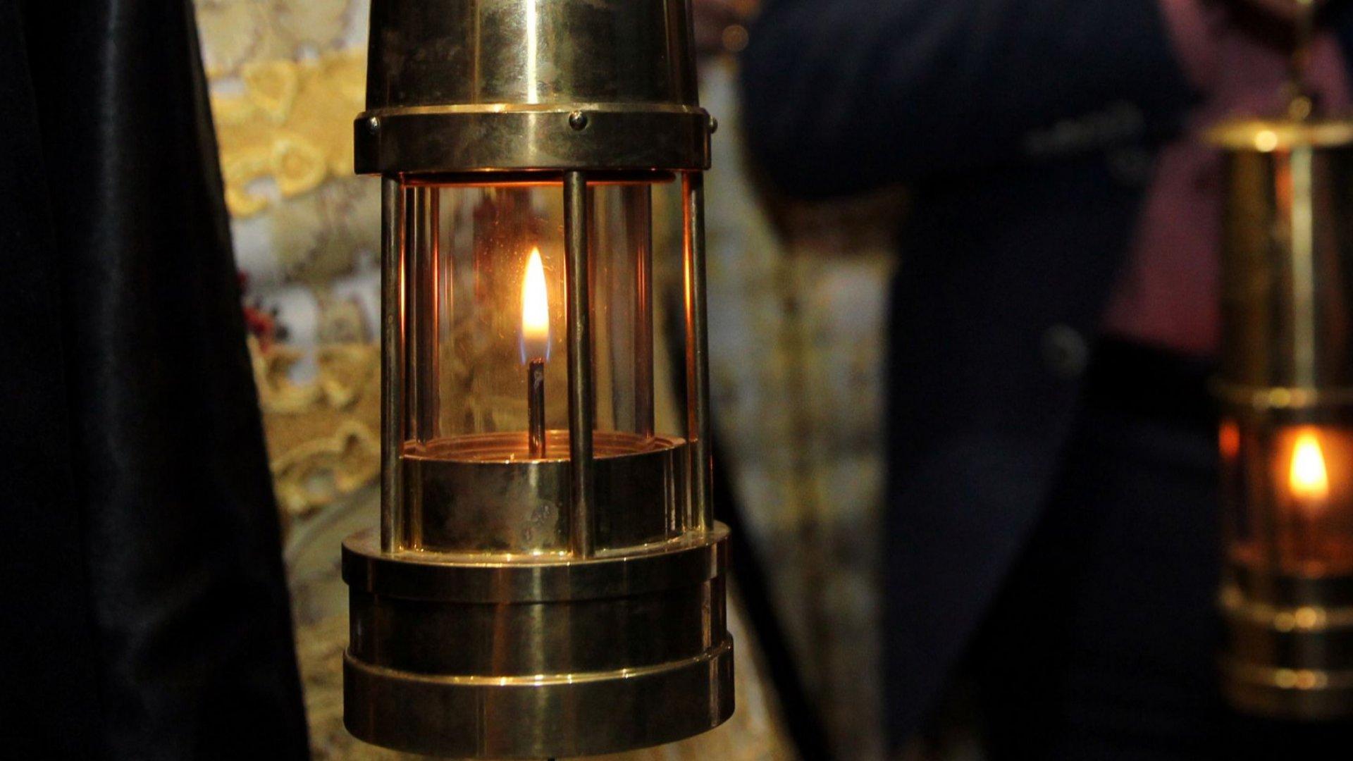 Благодатният огън ще бъде донесен в България