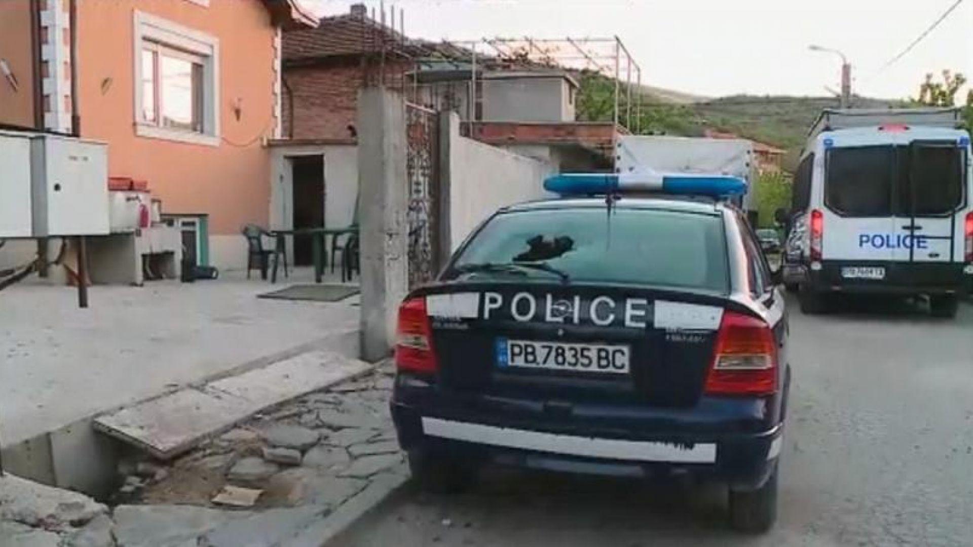 Прокуратурата удължи мерките на петима от задържаните за побоя в Куклен