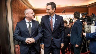 Станишев за успеха на социалистите в Испания: Бъдещето победи