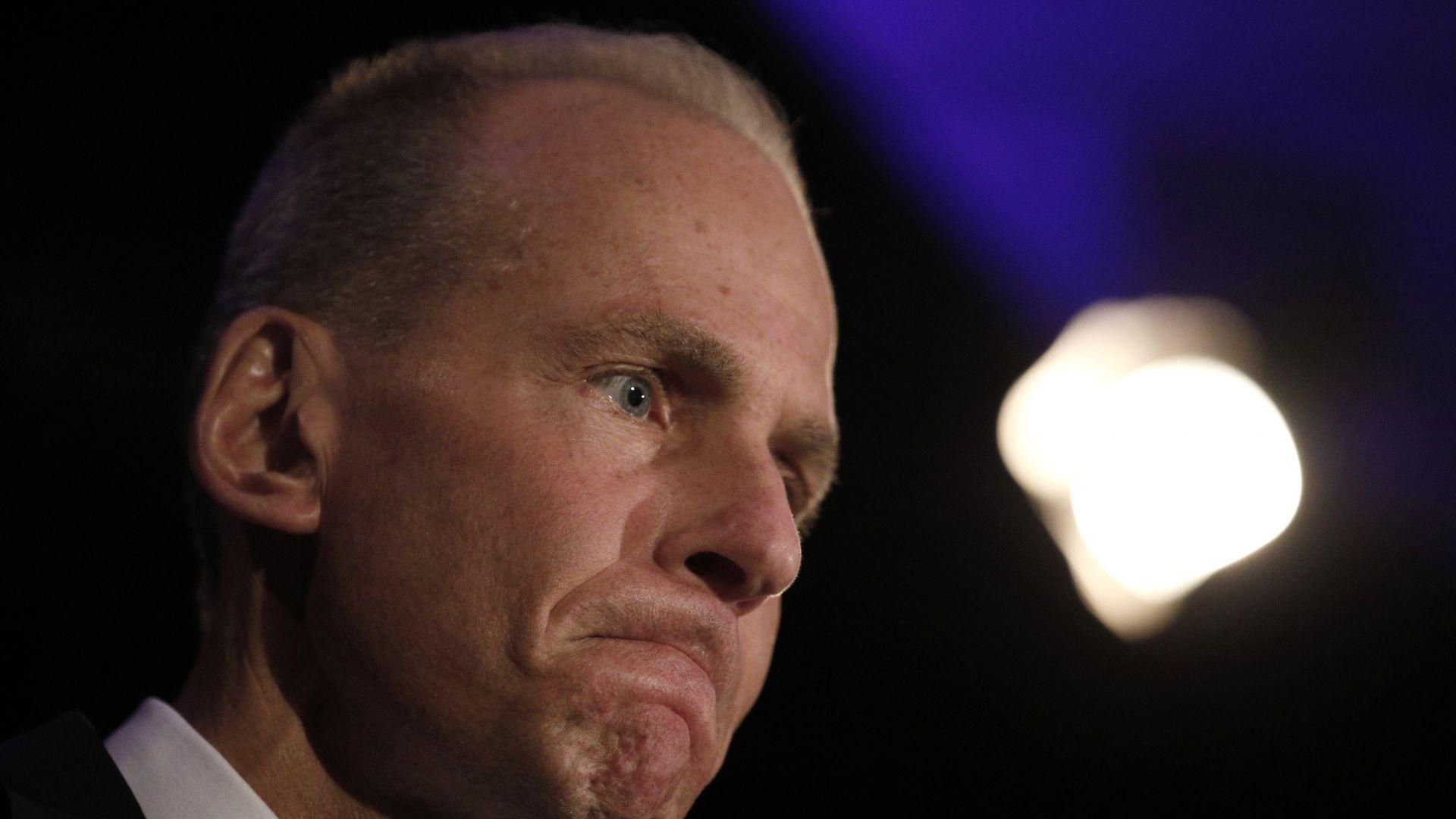Акционерите на Боинг подкрепиха Денис Молънбърг за шеф на компанията