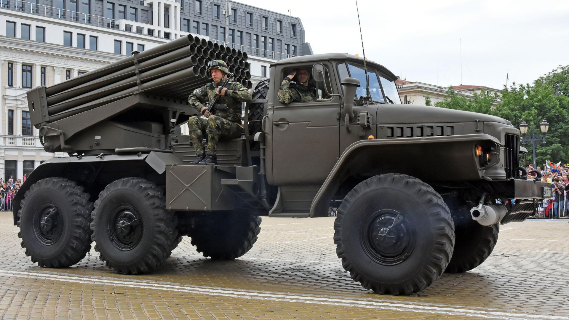 "БМ-21 ""ГРАД"""