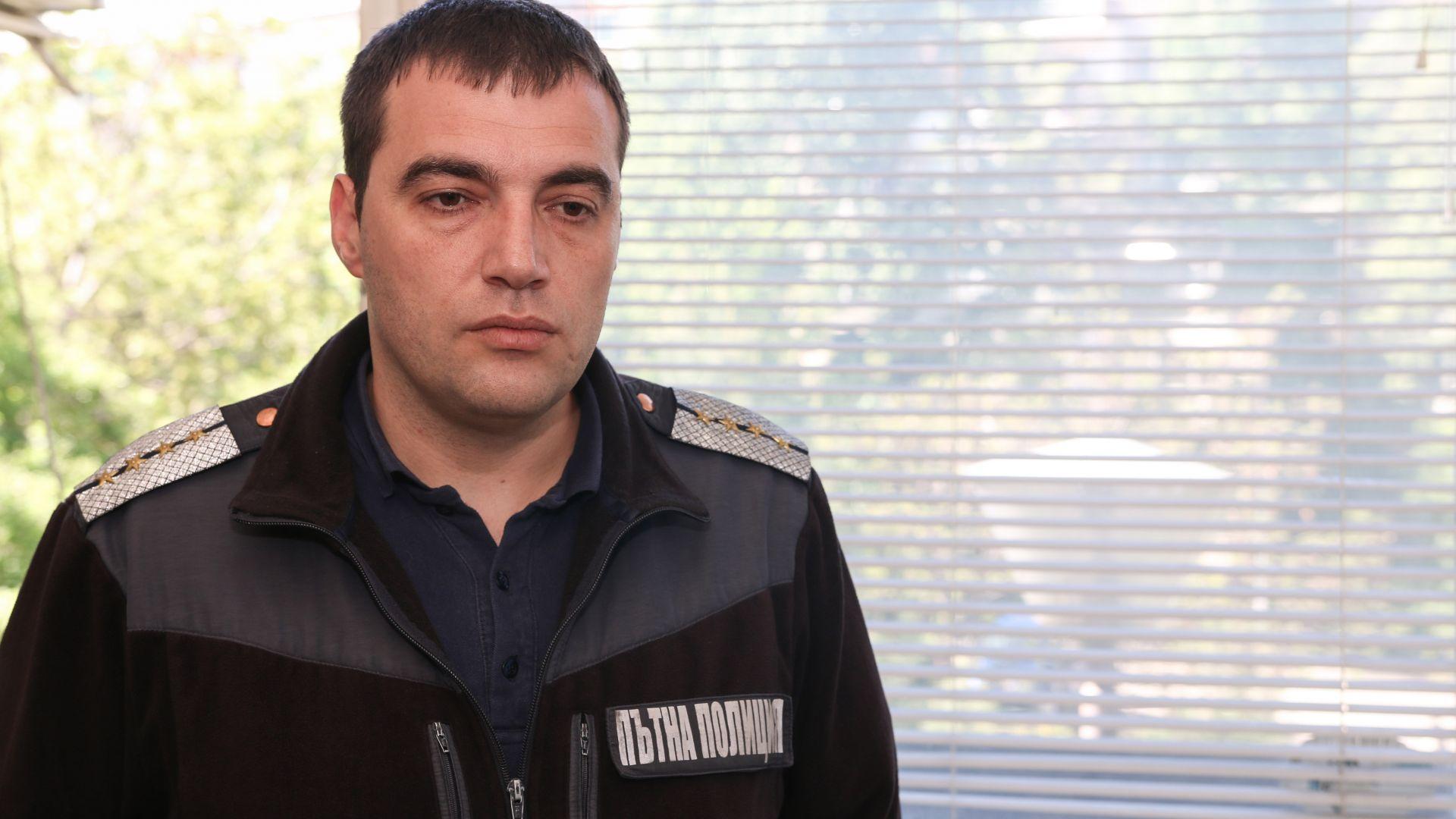 Как полицаите разпознават дрогираните шофьори: Инсп. Крушарски от КАТ-София пред Dir.bg