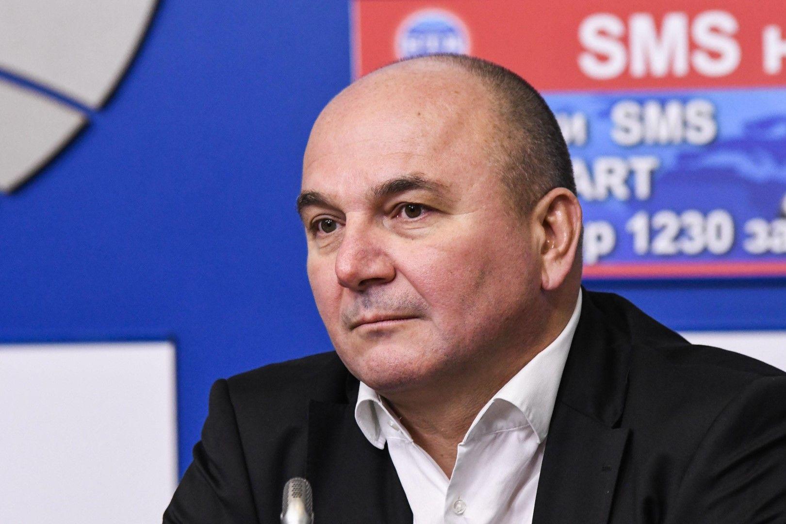 В Европа се получава пълен блокаж на всички системи, което крие съвсем други опасности, смята Любомир Дацов