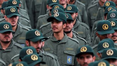 Шефът на иранската гвардия се закани на потенциални агресори