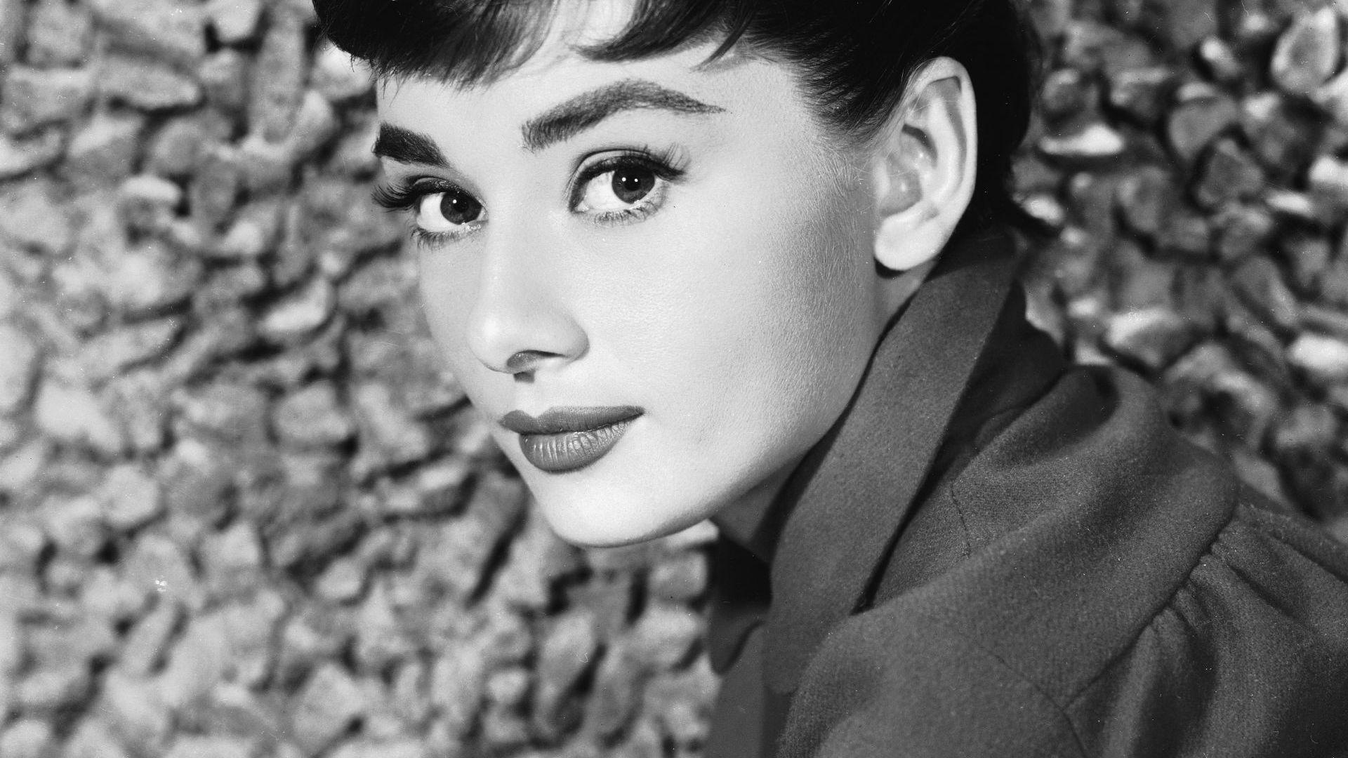 90 години от рождението на Одри Хепбърн: 7 малко известни факта