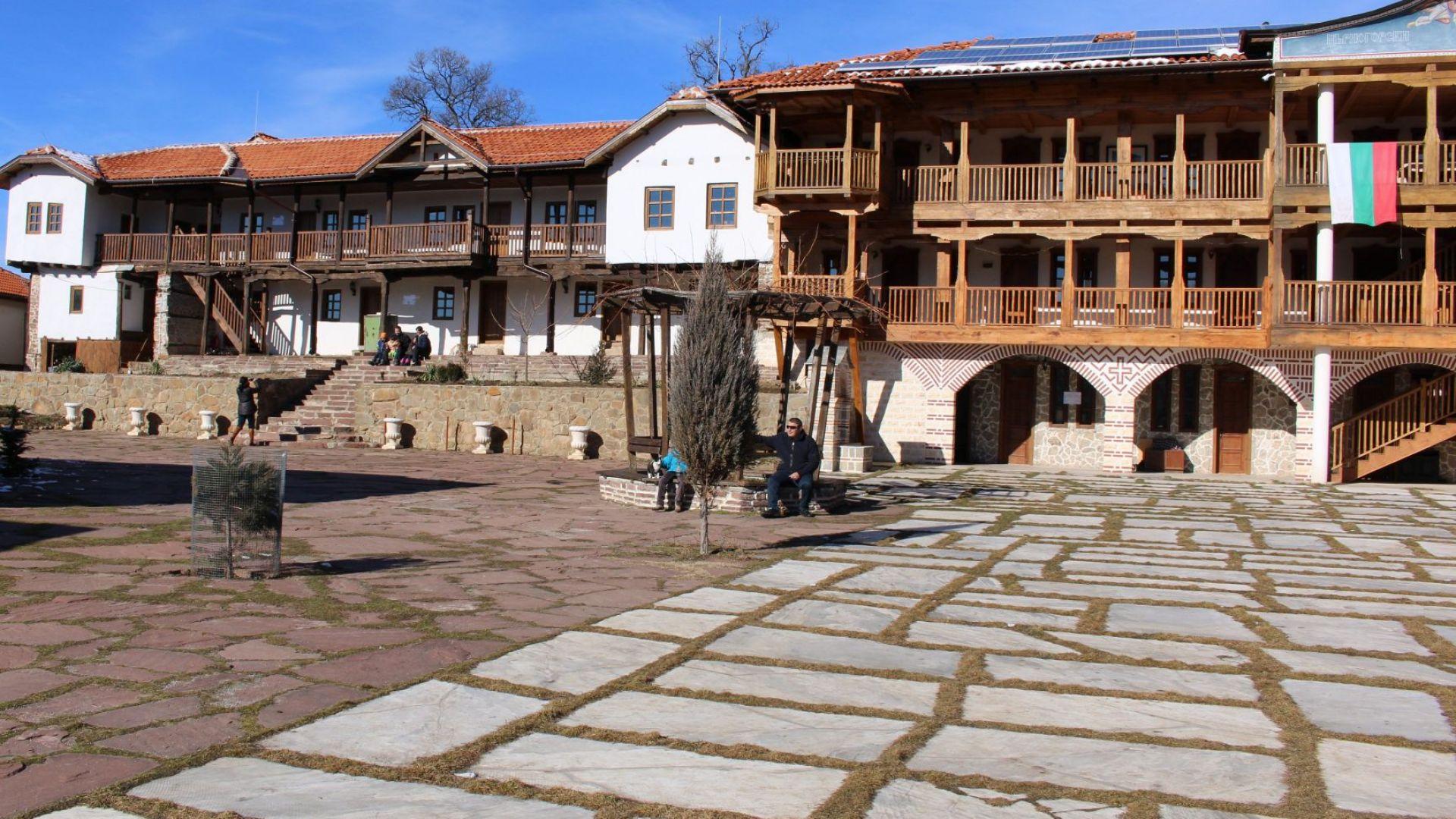Игуменът Никанор: И вилица няма да бъде взета от Гигинския манастир