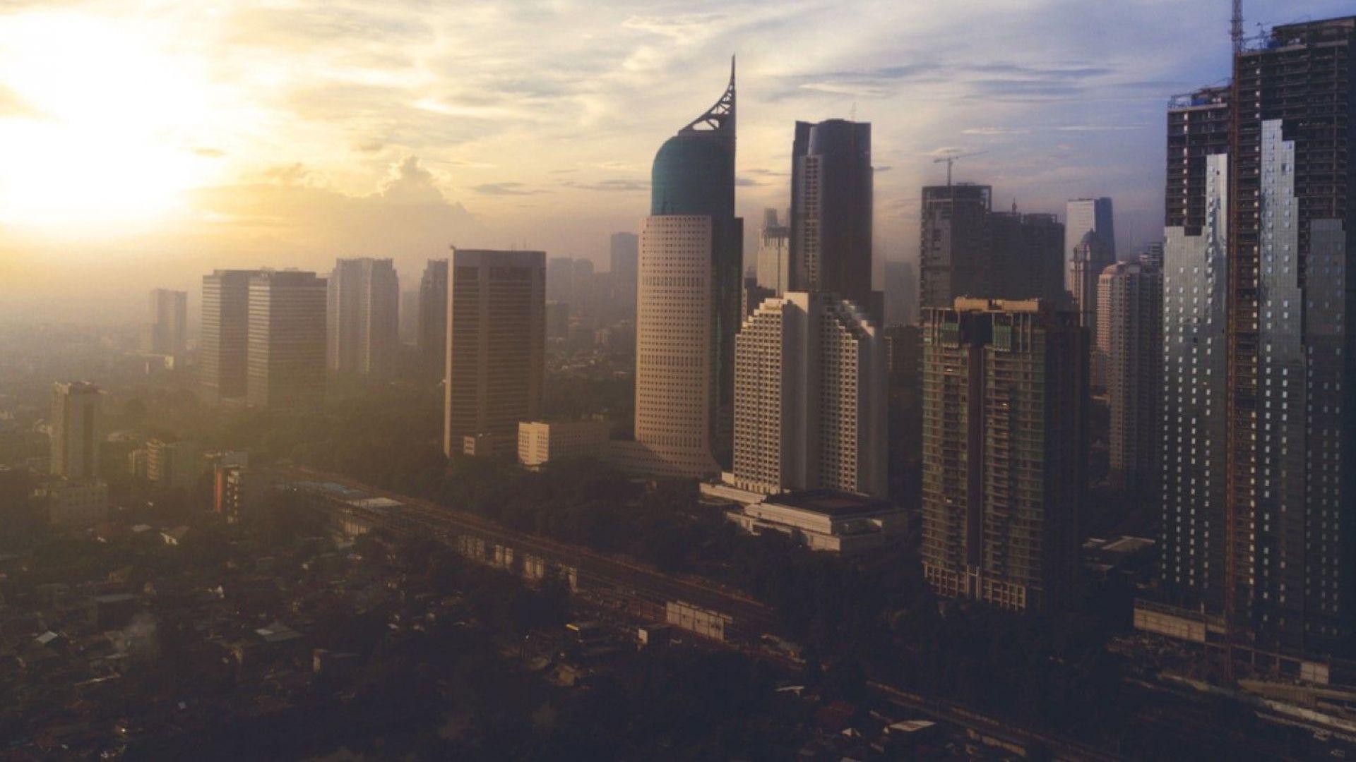 Индонезия предизвика изкуствени дъждове, за да се предпази от горски пожари