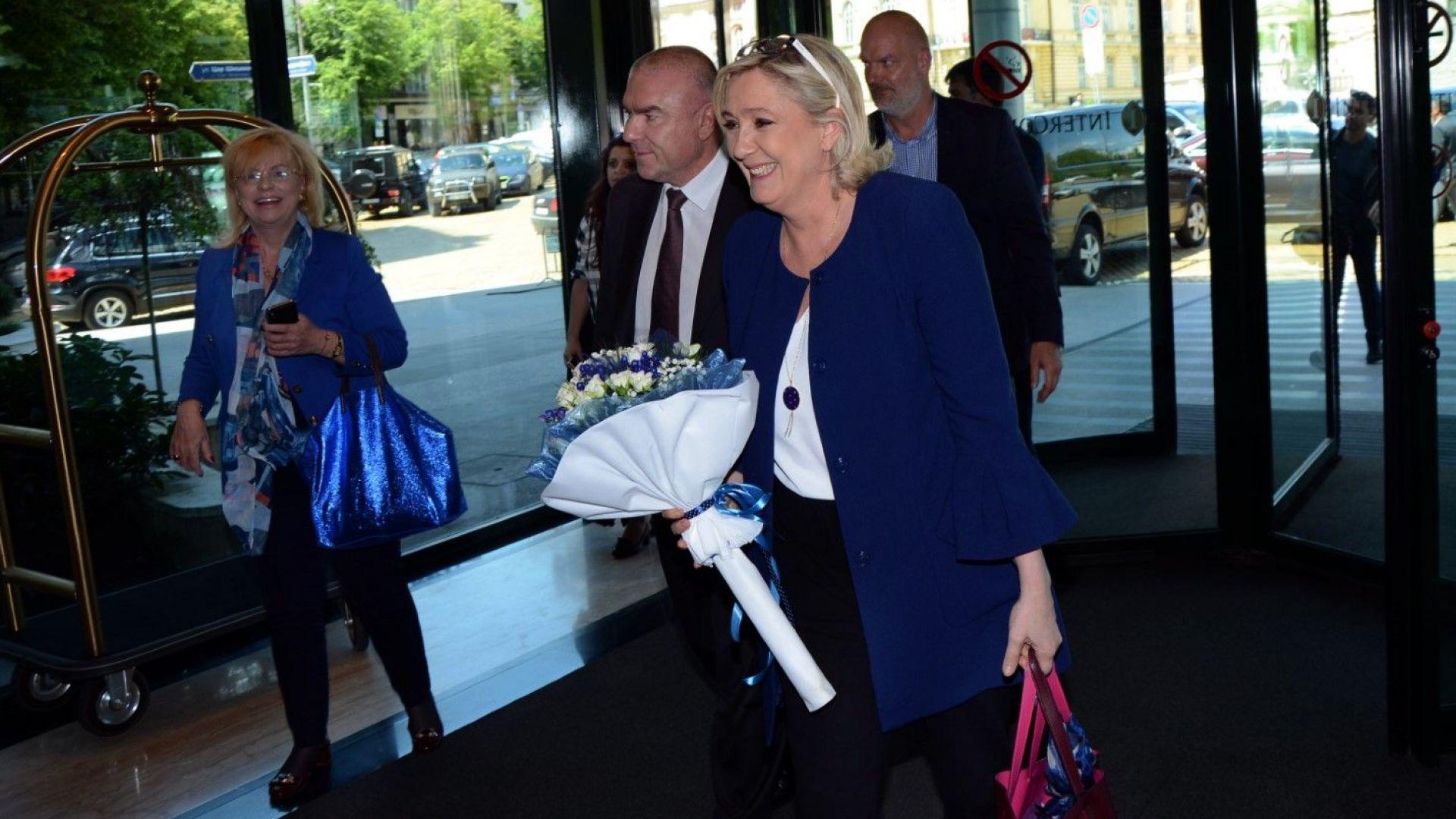 """Марин Льо Пен и десни лидери откриха кампанията на """"Воля"""" - Българските родолюбци"""""""