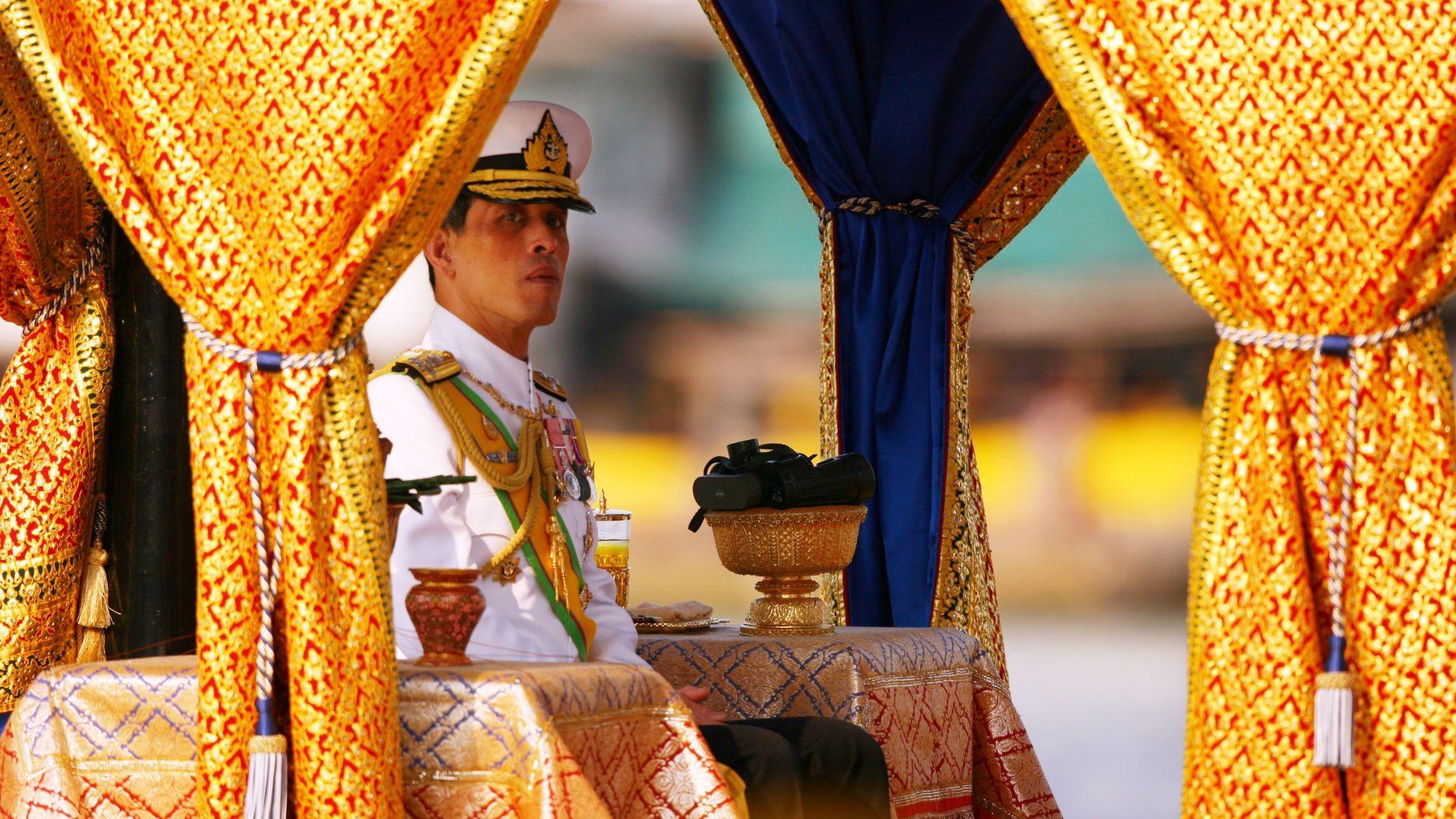 Монархът на Тайланд е сред най-богатите в света
