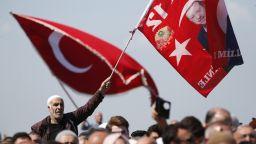 """САЩ изолират Турция чрез """"стратегия на задушаване"""""""