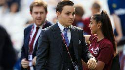"""19-годишен треньор посяга към първата си купа пред 55 000 на """"Уембли"""""""
