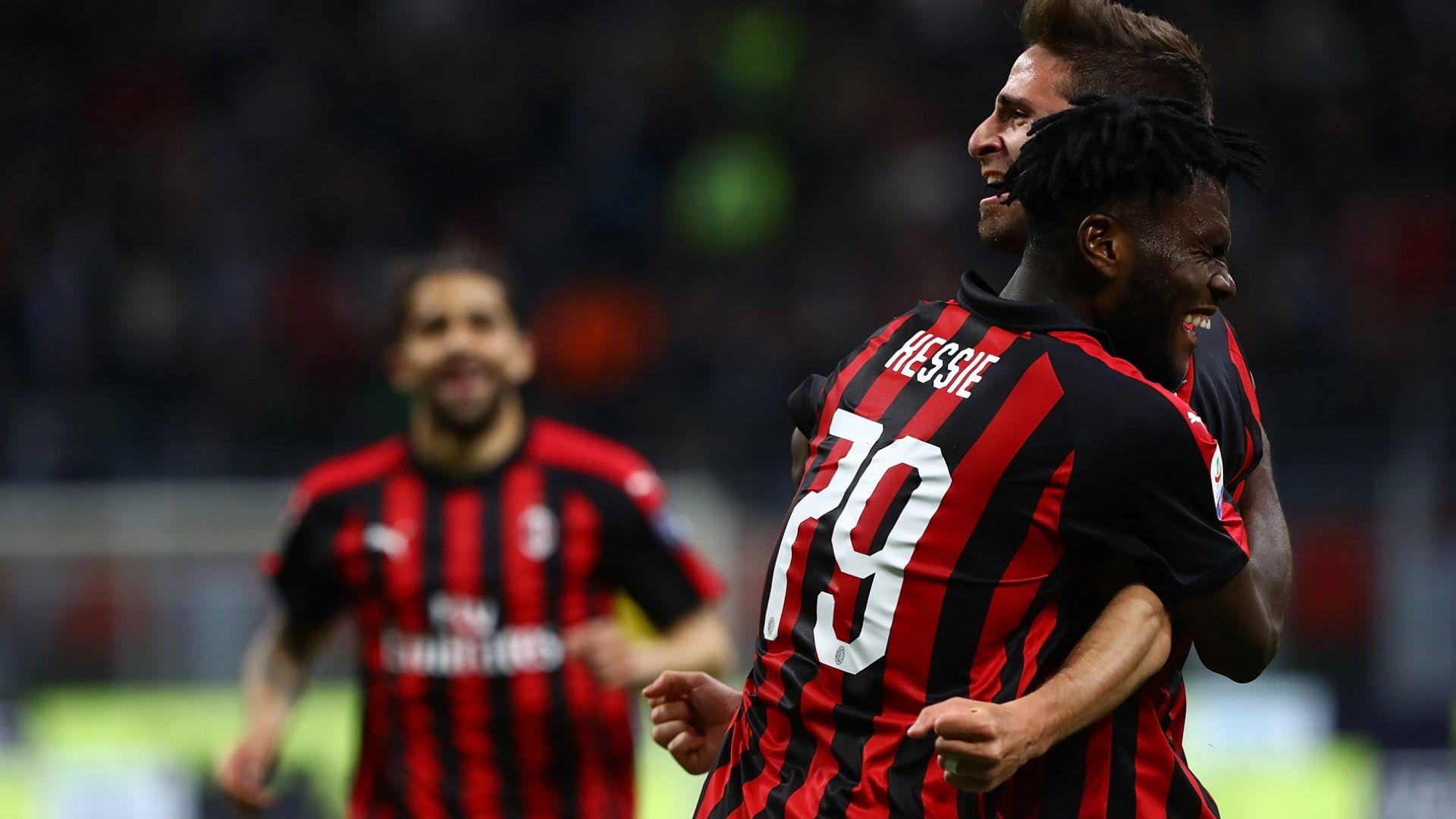 Милан се измъчи, но остана в играта за Шампионска лига